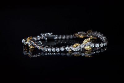 White Gold Bracelet with Diamonds and Sapphires